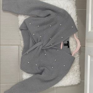 Forever 21 pearl knit sweater